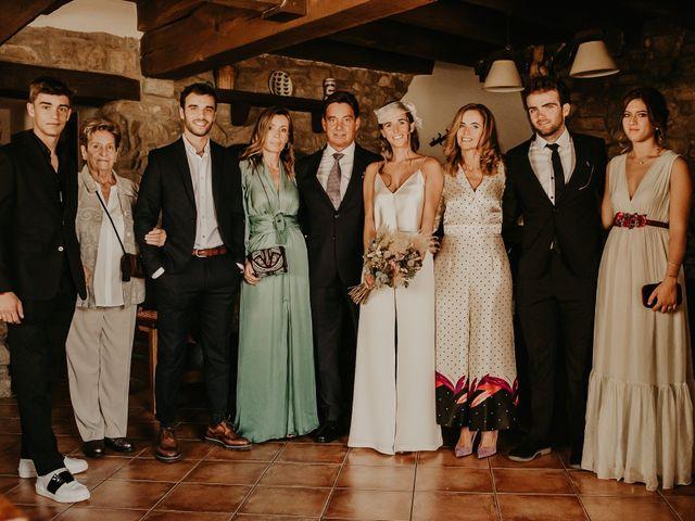 La boda de Pol y Carlota en Muntanyola, Barcelona 22