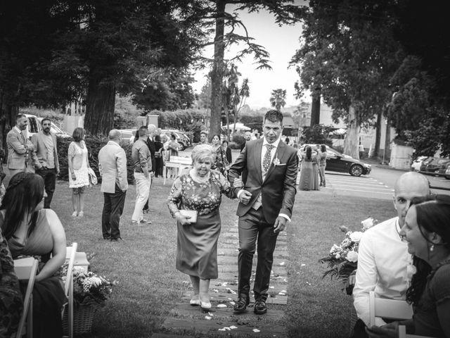 La boda de Faus y Laura en Pruvia (Llanera), Asturias 17