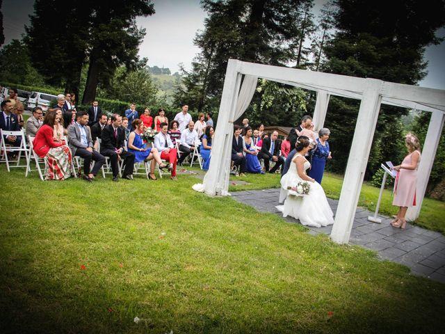 La boda de Faus y Laura en Pruvia (Llanera), Asturias 21