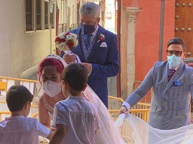 La boda de Rafael  y Esther en Sevilla, Sevilla 5