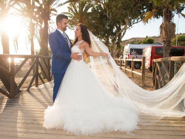 La boda de Jessica y Carlos en Alhaurin De La Torre, Málaga 41