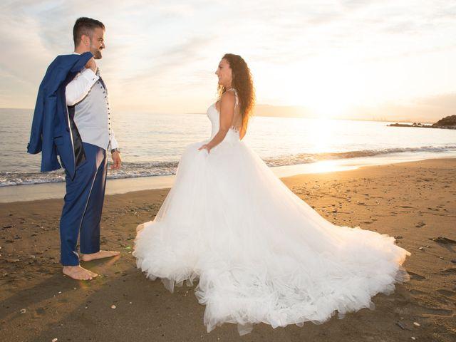 La boda de Jessica y Carlos en Alhaurin De La Torre, Málaga 43
