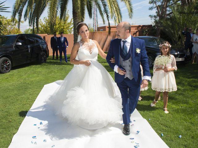 La boda de Jessica y Carlos en Alhaurin De La Torre, Málaga 17