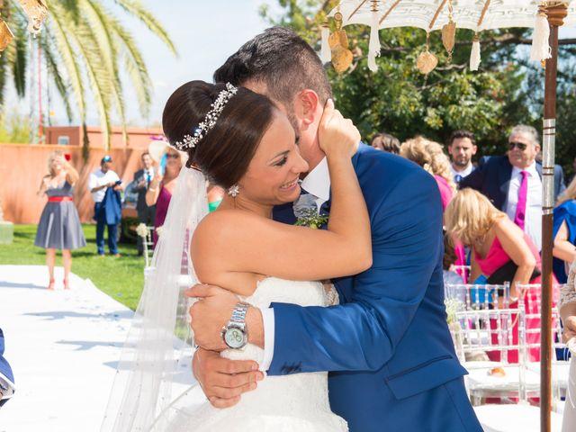 La boda de Jessica y Carlos en Alhaurin De La Torre, Málaga 23