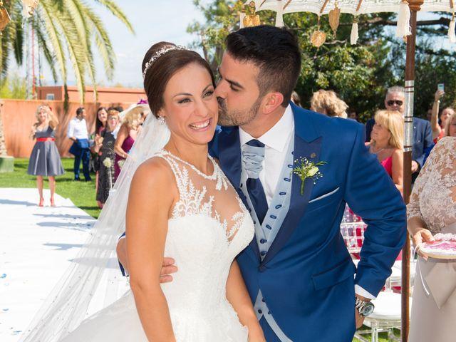 La boda de Jessica y Carlos en Alhaurin De La Torre, Málaga 24
