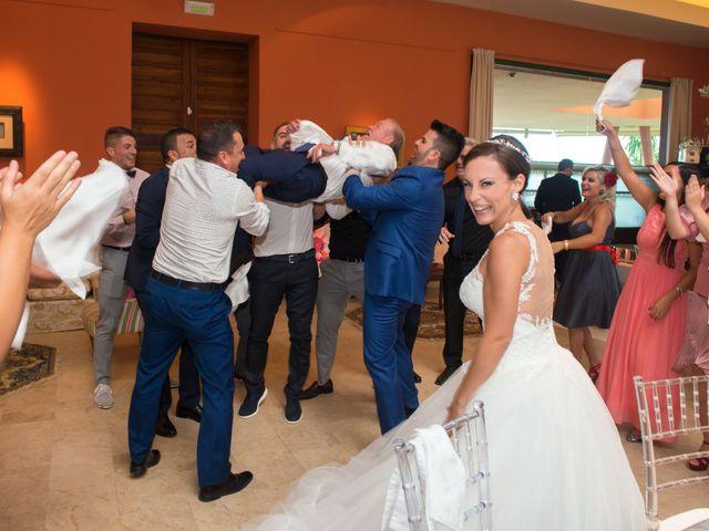 La boda de Jessica y Carlos en Alhaurin De La Torre, Málaga 31