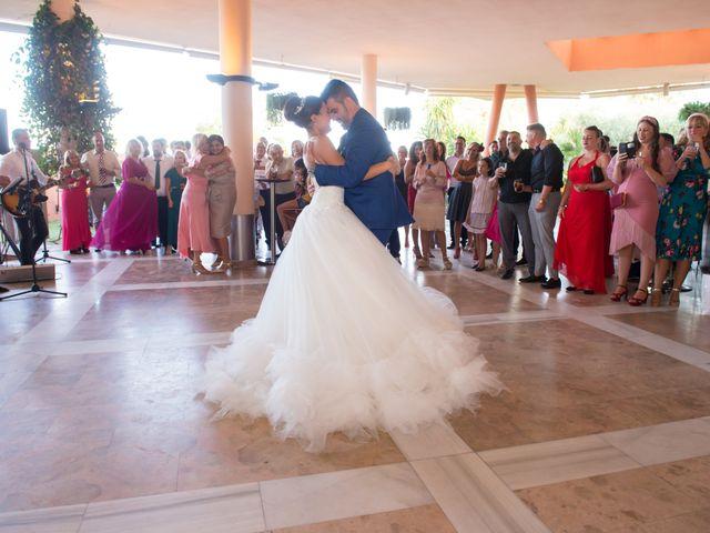 La boda de Jessica y Carlos en Alhaurin De La Torre, Málaga 36