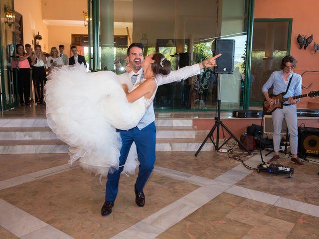 La boda de Jessica y Carlos en Alhaurin De La Torre, Málaga 38