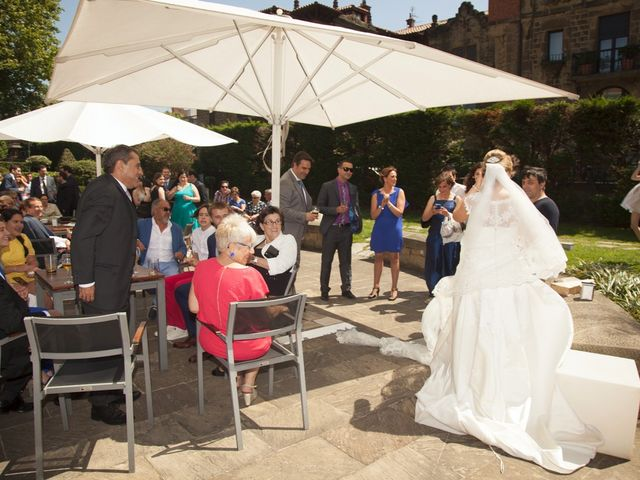 La boda de Ander y Ainhoa en Areeta, Vizcaya 33