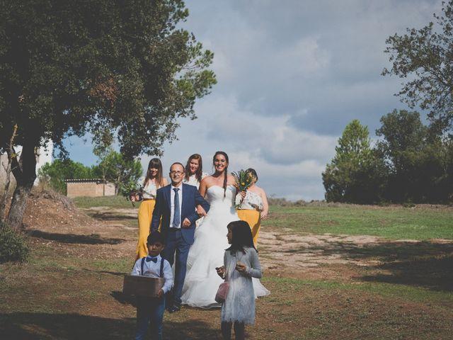 La boda de Peet y Mireia en Puig-reig, Barcelona 15
