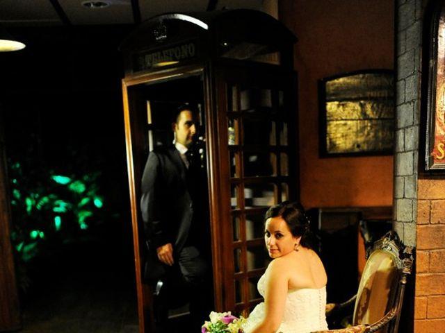 La boda de Adrián y Tamara en Sagunt/sagunto, Valencia 31