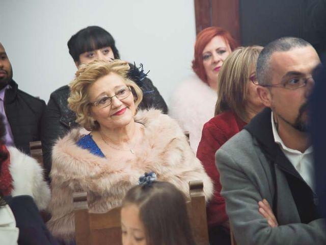 La boda de Raúl y Sandra en Toreno, León 18