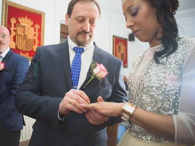La boda de Raúl y Sandra en Toreno, León 19