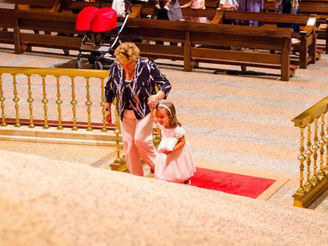 La boda de Xevi y Mireia en Torreciudad, Huesca 13