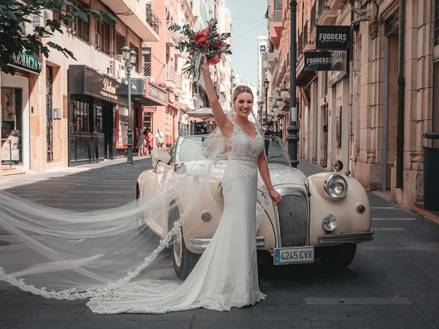 La boda de José y Silvia en Alacant/alicante, Alicante 61