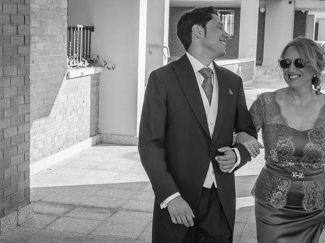 La boda de Juan Manuel y Rosa en Sevilla, Sevilla 21