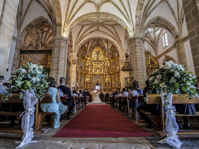 La boda de David y Marta en Isla, Cantabria 13