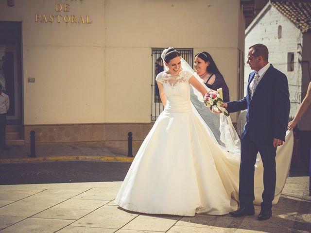 La boda de Miguel y Emma en Vilamarxant, Valencia 2