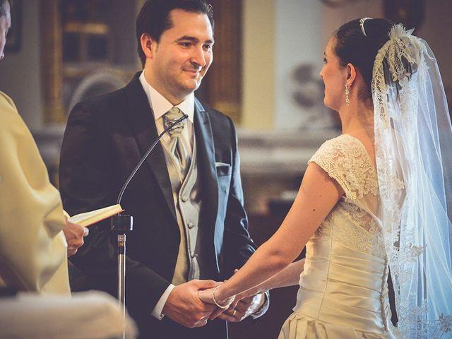 La boda de Miguel y Emma en Vilamarxant, Valencia 13