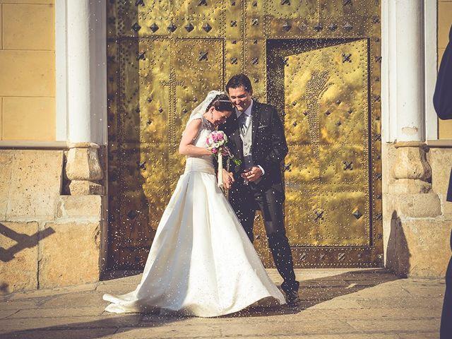 La boda de Miguel y Emma en Vilamarxant, Valencia 33