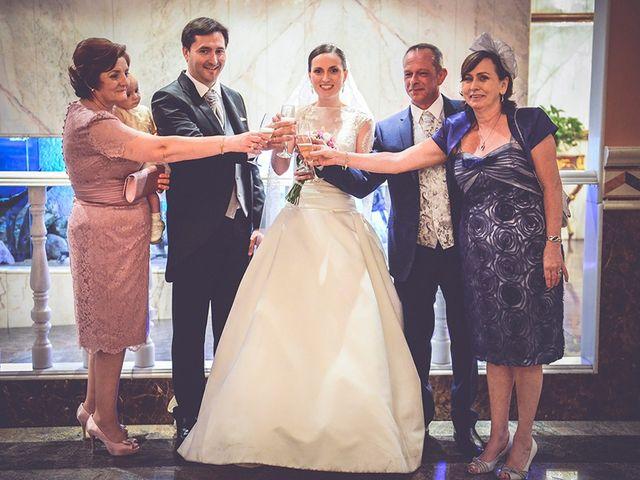 La boda de Miguel y Emma en Beniparrell, Valencia 63