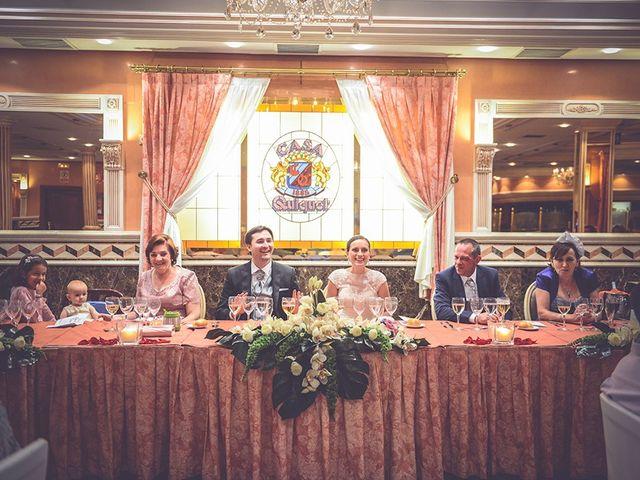 La boda de Miguel y Emma en Vilamarxant, Valencia 66