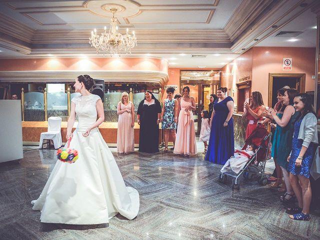 La boda de Miguel y Emma en Vilamarxant, Valencia 87