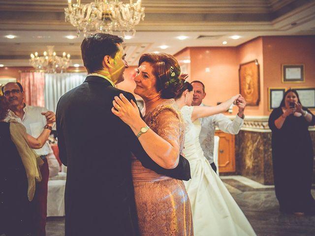 La boda de Miguel y Emma en Vilamarxant, Valencia 95
