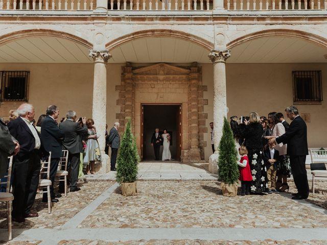 La boda de Óscar y Ana en Burgos, Burgos 27