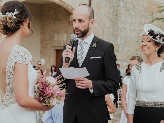 La boda de Óscar y Ana en Burgos, Burgos 37