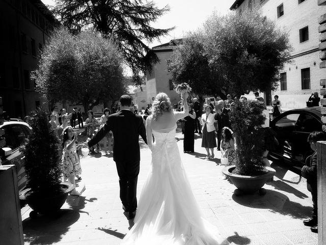La boda de Pablo y Izabela en Barbastro, Huesca 12