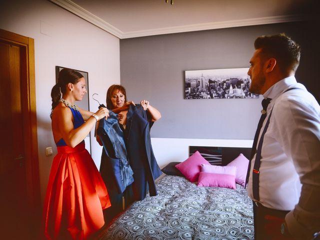 La boda de Juan Carlos y Elena en Plasencia, Cáceres 32