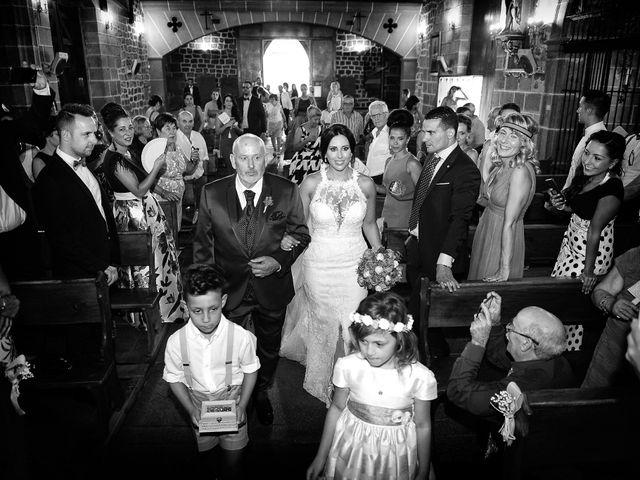 La boda de Juan Carlos y Elena en Plasencia, Cáceres 45