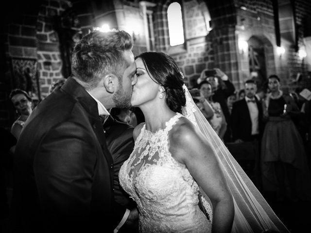 La boda de Juan Carlos y Elena en Plasencia, Cáceres 47