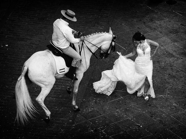 La boda de Juan Carlos y Elena en Plasencia, Cáceres 56