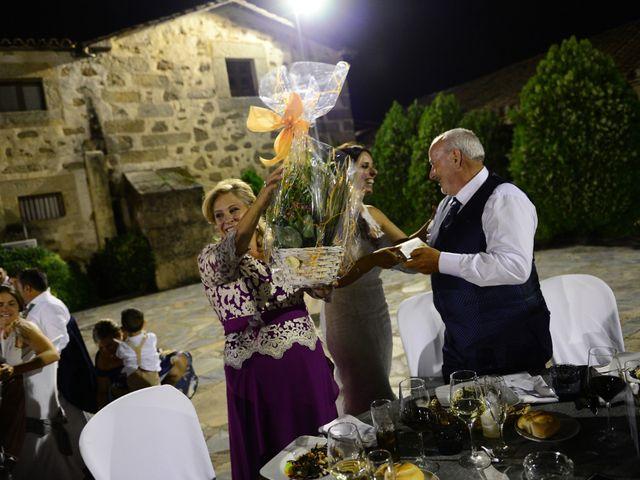 La boda de Juan Carlos y Elena en Plasencia, Cáceres 83