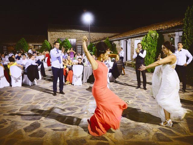 La boda de Juan Carlos y Elena en Plasencia, Cáceres 93