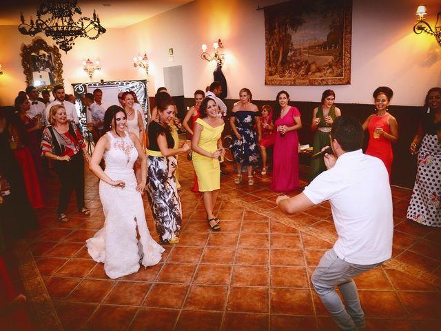 La boda de Juan Carlos y Elena en Plasencia, Cáceres 104