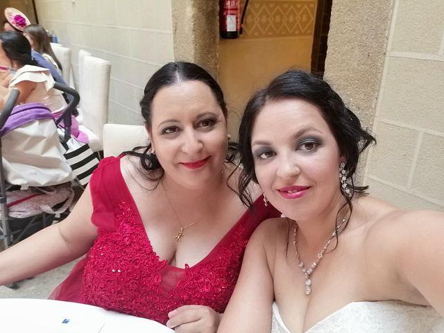 La boda de Jonathan  y Carolina  en Plasencia, Cáceres 7
