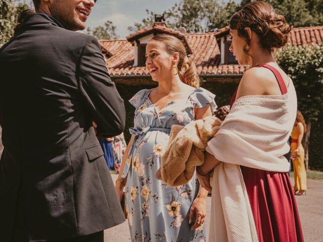 La boda de Lander y Shandra en Hondarribia, Guipúzcoa 31