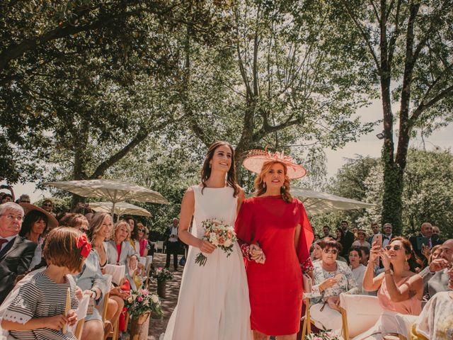 La boda de Lander y Shandra en Hondarribia, Guipúzcoa 36