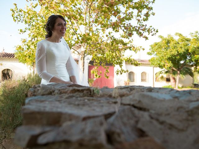 La boda de Juan y Sara en La Nava De Santiago, Badajoz 14