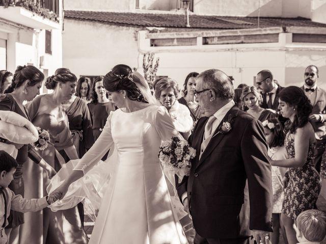 La boda de Juan y Sara en La Nava De Santiago, Badajoz 20