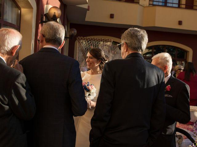 La boda de Juan y Sara en La Nava De Santiago, Badajoz 32