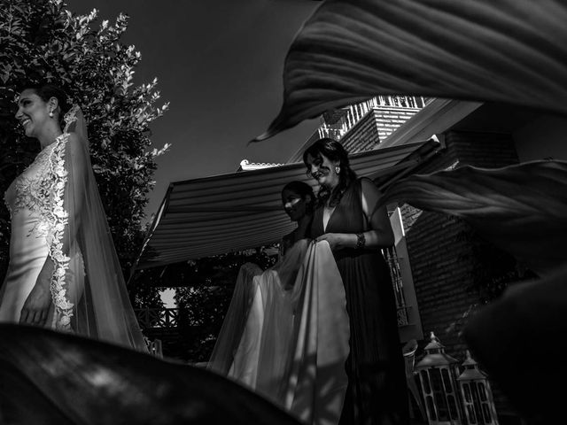 La boda de Carlos y Elena en Espartinas, Sevilla 17