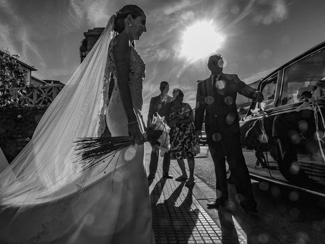 La boda de Carlos y Elena en Espartinas, Sevilla 19