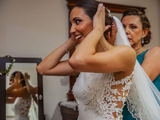 La boda de Carlos y Elena en Espartinas, Sevilla 24