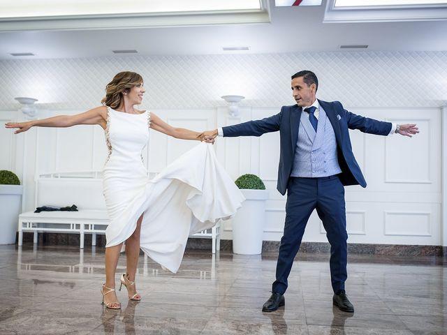 La boda de Carlos y Laura en Villamediana De Iregua, La Rioja 2
