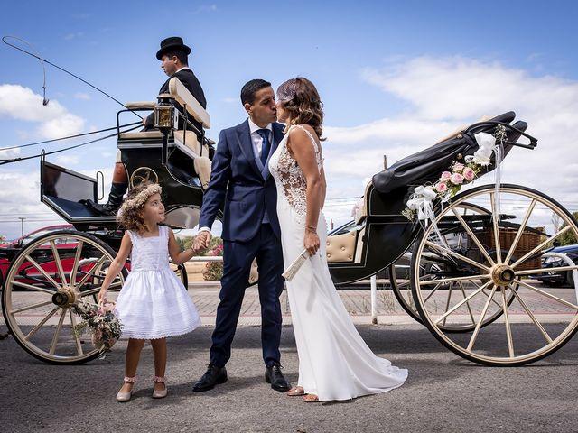 La boda de Carlos y Laura en Villamediana De Iregua, La Rioja 16