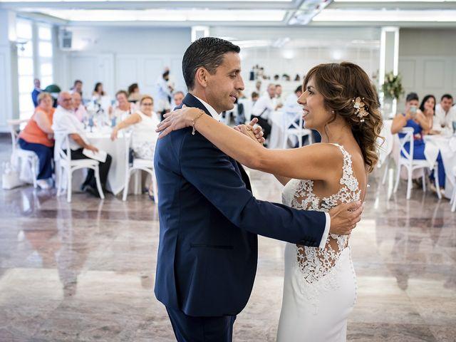 La boda de Carlos y Laura en Villamediana De Iregua, La Rioja 24